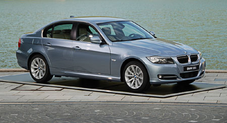 2009 bmw 335i and 330d lci review. Black Bedroom Furniture Sets. Home Design Ideas