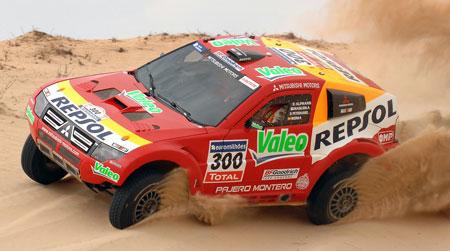 Mitsubishi Dakar