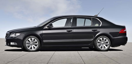 New_2009_Skoda_Superb