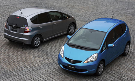 honda jazz vs honda fit