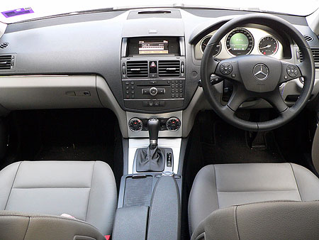 W204 mercedes benz c200k test drive review for Interieur w204