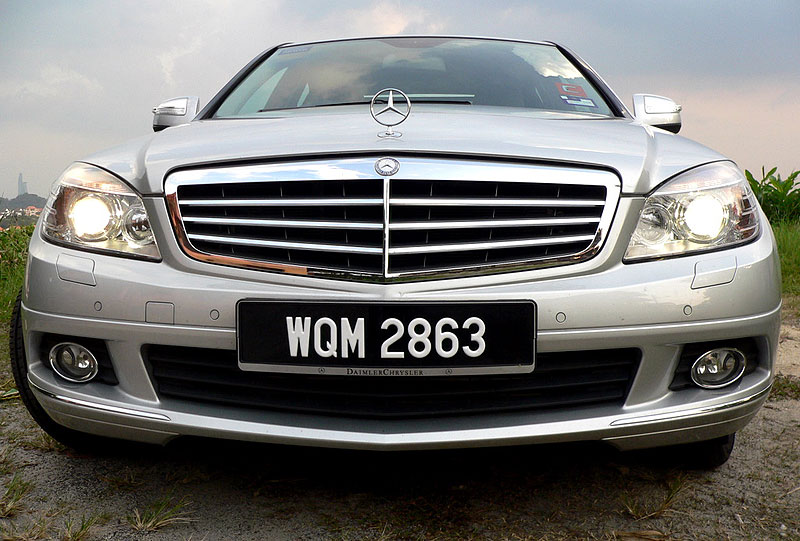 W204 Mercedes-Benz C200K Test Drive Review