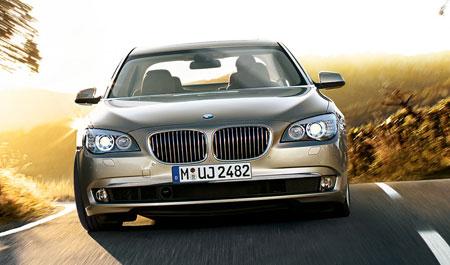 BMW F02