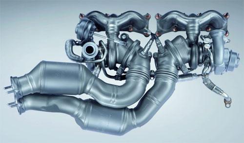 e92_335i_turbo_manifold.jpg