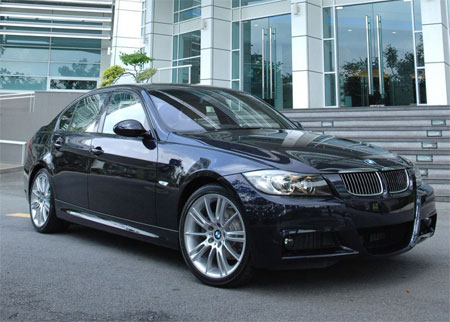 Bmw Malaysia Launches 325i Sports Sedan 323i Coupe 335i Coupe Z4 M Coupe