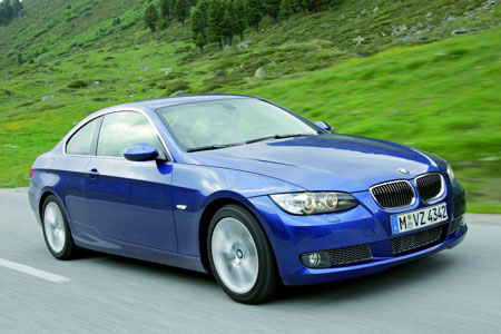 Bmw Malaysia Launches 325i Sports Sedan 323i Coupe 335i