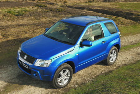 suzuki_grand_vitara_3door_3.jpg