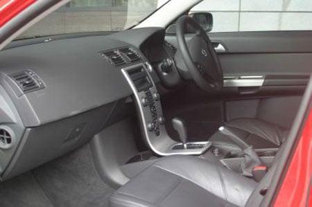 volvo-v50-interior.jpg
