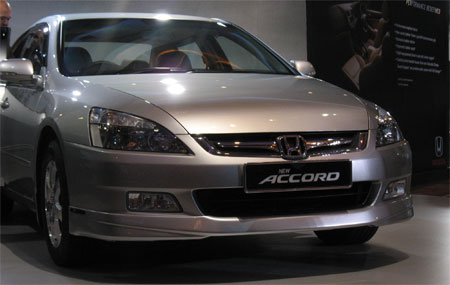 2006accordfacelift19.jpg