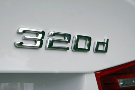 BMW 320d Badge