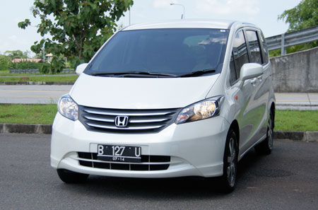 Honda Freed Review First Impressions In Indonesia