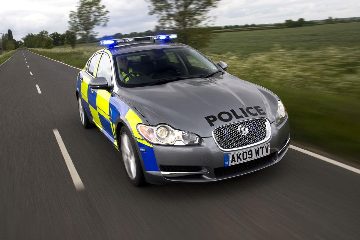 Hasil gambar untuk Sport Jaguar XF polisi
