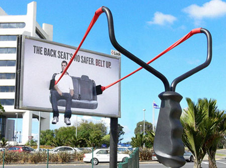 Rear seatbelt