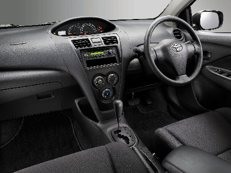 Vios J Automatic Interior