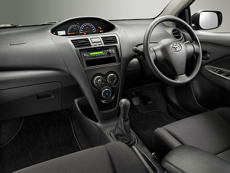 Vios J Manual Interior